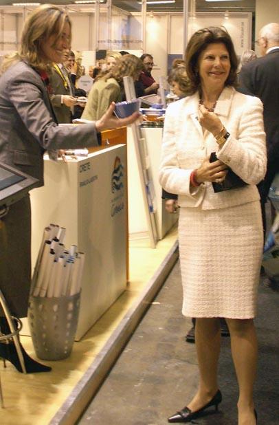 Drottning Silvia besöker Tur-mässan 2007